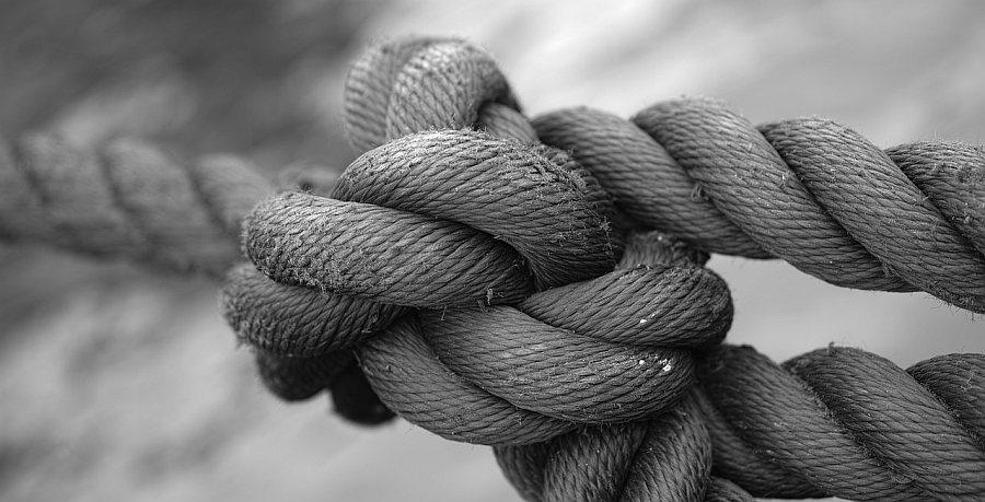 kräftiger Knoten, Stärke